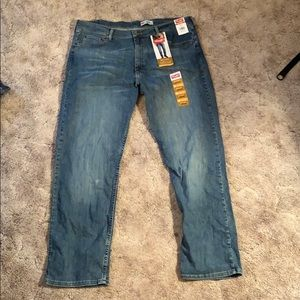 Wrangler 38x32 Jeans Relaxed Fit